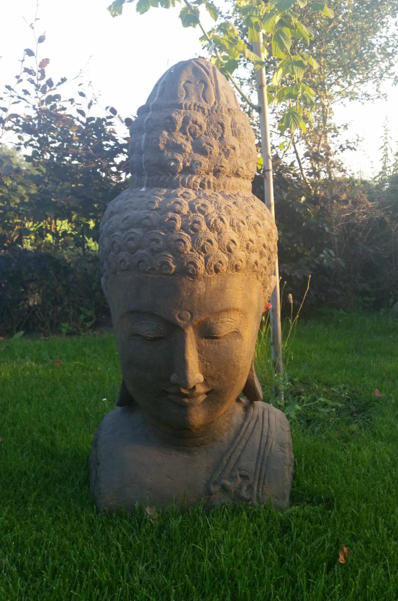 100cm boeddha vulkaansteen